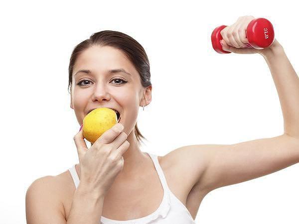 Tập luyện tưởng kiệt sức mà cân vẫn không giảm, chắc  hẳn bạn đã mắc phải thói quen tưởng siêu nhỏ này - Ảnh 3.