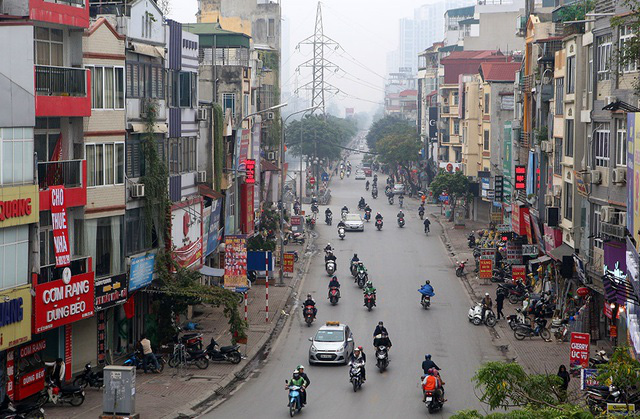 Phố xá Hà Nội vắng lặng yên bình trong ngày đầu năm mới 2020  - Ảnh 15.