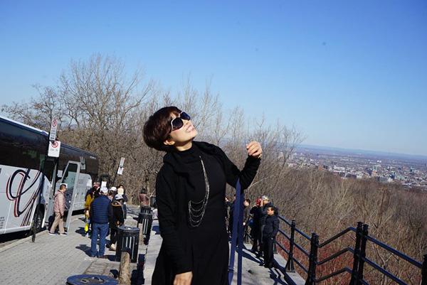Nhan sắc trẻ trung ở tuổi U60 của diễn viên Ngọc Huyền, vợ cũ Chí Trung - Ảnh 4.
