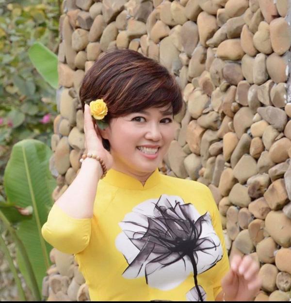 Nhan sắc trẻ trung ở tuổi U60 của diễn viên Ngọc Huyền, vợ cũ Chí Trung - Ảnh 5.