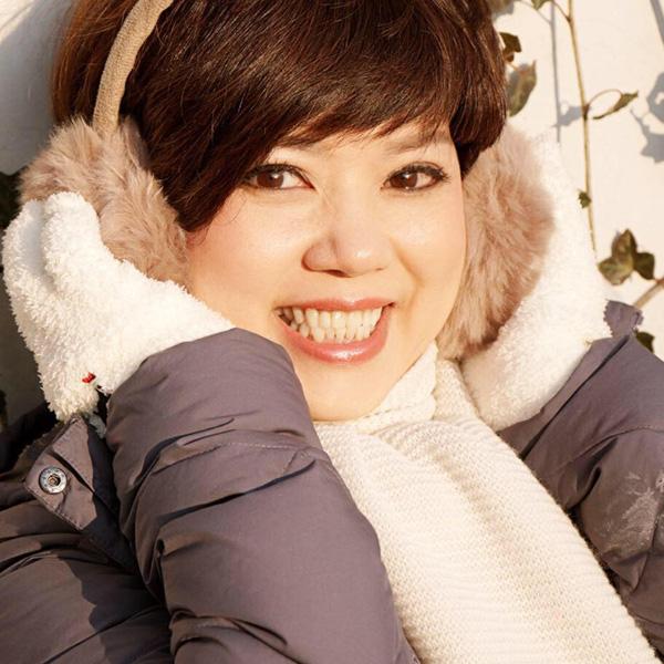 Nhan sắc trẻ trung ở tuổi U60 của diễn viên Ngọc Huyền, vợ cũ Chí Trung - Ảnh 8.
