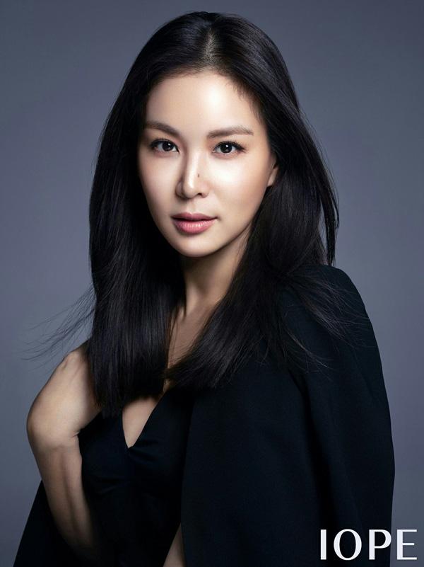 Bà xã xinh đẹp, nổi tiếng của Jang Dong Gun, người vướng bê bối tình dục tai tiếng - Ảnh 2.