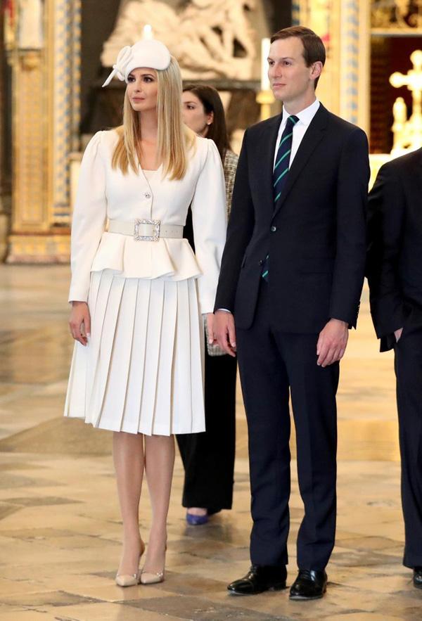 Ái nữ Tổng thống Trump, Công nương Anh Meghan Markle: 2 người phụ nữ xinh đẹp, quyền lực cùng tuổi được chồng yêu thương - Ảnh 2.