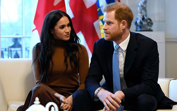 Đây chính là lý do Hoàng tử Harry bênh vợ, chống lại gia đình và hoàng gia Anh - Ảnh 2.