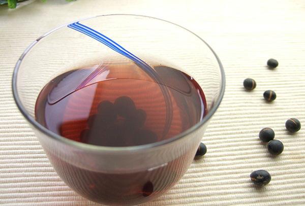 """Uống nước đậu đen rất tốt nhưng nếu làm thêm 1 bước """"đặc biệt"""" này khi nấu, bạn sẽ thấy sức khỏe thay đổi ngoạn mục trong thời gian ngắn - Ảnh 5."""