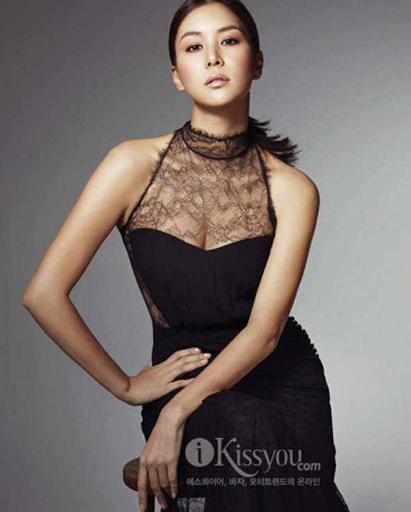 Bà xã xinh đẹp, nổi tiếng của Jang Dong Gun, người vướng bê bối tình dục tai tiếng - Ảnh 4.