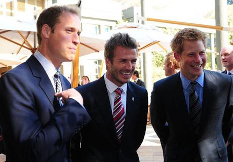Meghan khiến Harry và David Beckham gây hấn - Ảnh 2.