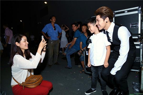 Nối tiếng thân thiện, gần gũi với người hâm mộ, Noo Phước Thịnh vẫn không tránh khỏi bức xúc khi bị fan cuồng tới tận nhà check in giữa đêm - Ảnh 5.