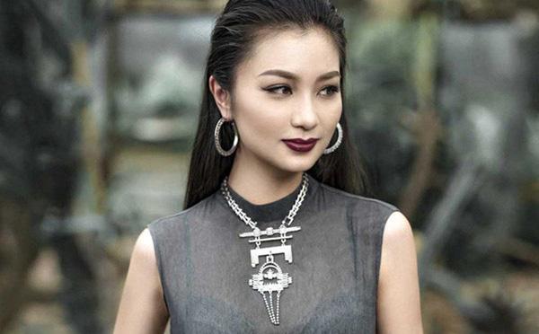 Nỗi đau mất bố trước khi theo chồng con sang Mỹ của cô San Diệu Hương Hoa hồng trên ngực trái - Ảnh 2.
