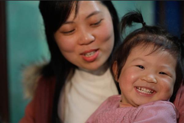 Ông bố trẻ mắc ung thư giai đoạn cuối ôm con mới sinh rồi ra đi mãi mãi - Ảnh 3.