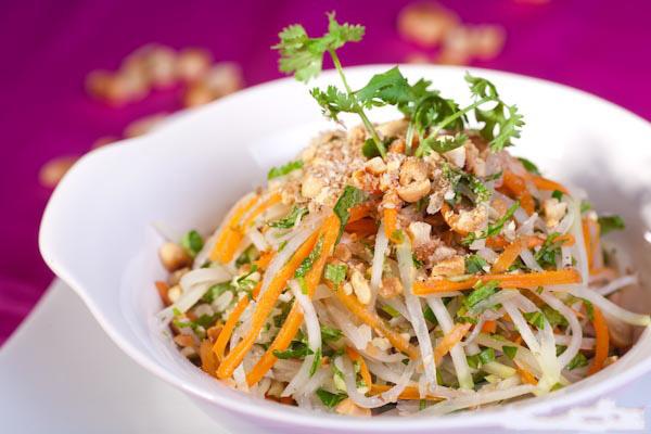 Chuyên gia chỉ cách chế biến đồ ăn mặn thừa sau Tết vừa ngon vừa tốt cho sức khỏe - Ảnh 2.