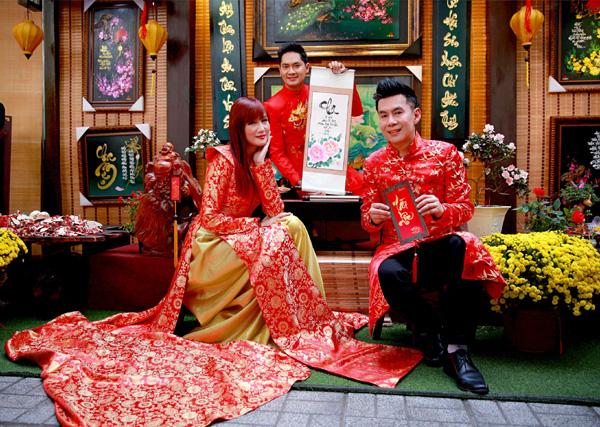 Con trai 15 tuổi có chiều cao khủng của diễn viên Hiền Mai diện áo dài cùng mẹ và ca sĩ Đoan Trường - Ảnh 9.