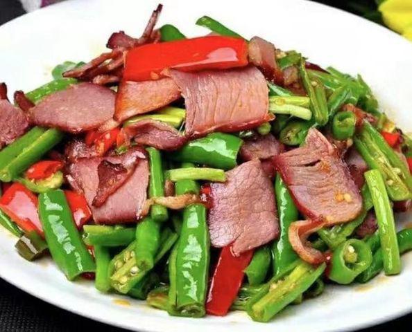 Sự thật về thịt xông khói, lạp xưởng gây ung thư và cách ăn không gây hại sức khỏe  - Ảnh 3.