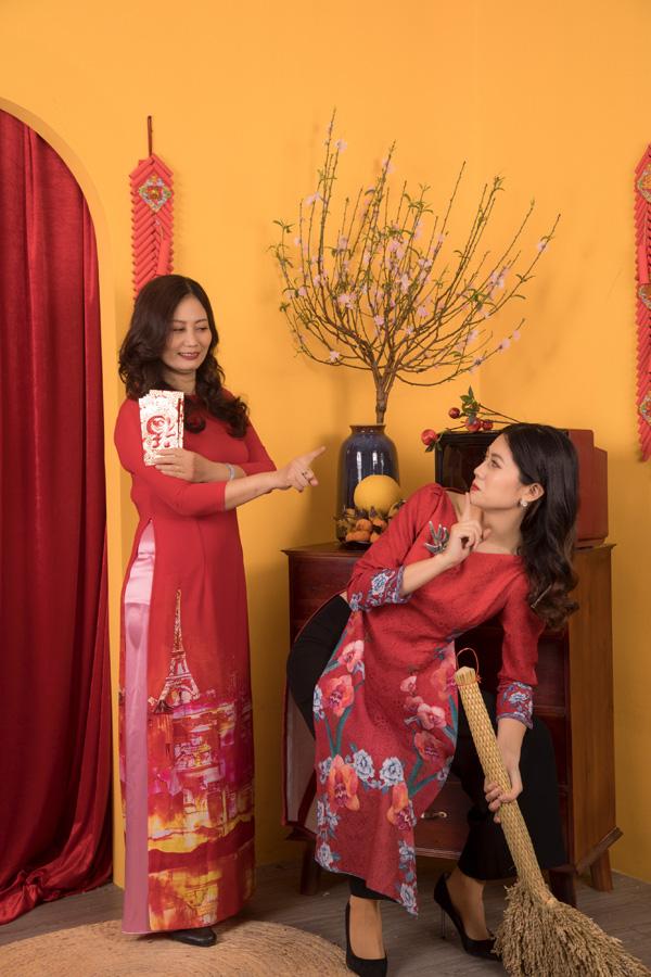 Chân dung bố mẹ trẻ đẹp của Hoa hậu Hương Giang khiến fan ngỡ ngàng qua bộ ảnh đón Tết Canh Tý 2020 - Ảnh 3.