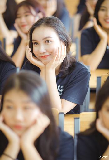 Nữ sinh giành giải nhất kỳ thi học sinh giỏi Văn  - Ảnh 2.