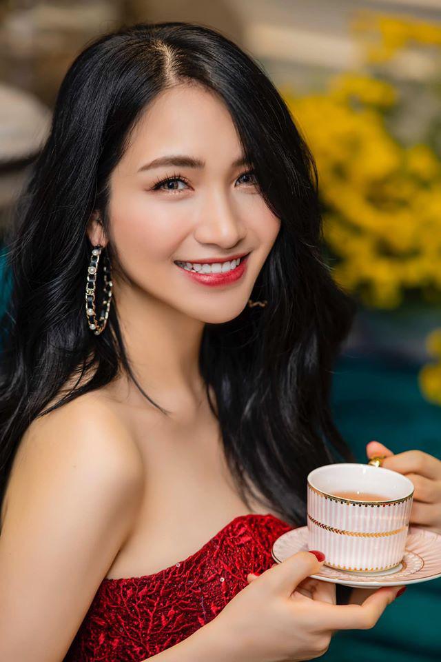 Hoà Minzy ăn Tết ở quê bạn trai thiếu gia, dân mạng dấy lên nghi vấn cặp đôi đã bí mật cưới - Ảnh 8.