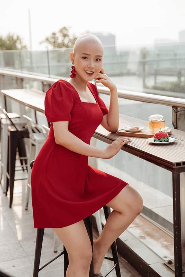 Nữ sinh ung thư Đặng Trần Thủy Tiên quay lại trường, tiếp tục việc học - Ảnh 3.