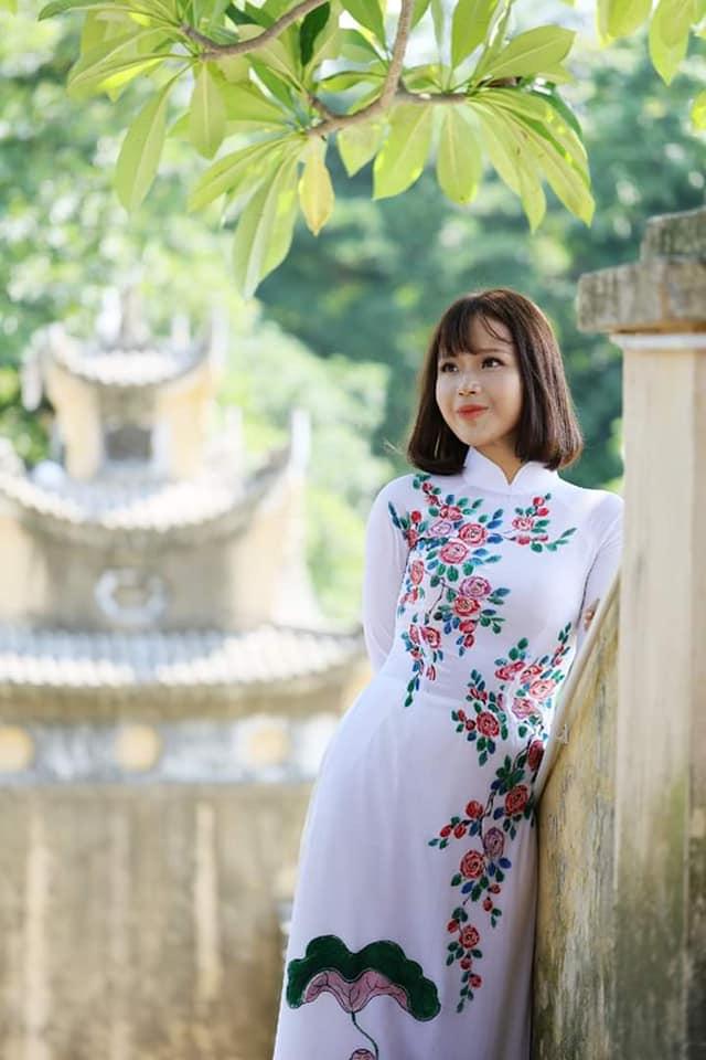 Nữ sinh ung thư Đặng Trần Thủy Tiên quay lại trường, tiếp tục việc học - Ảnh 1.