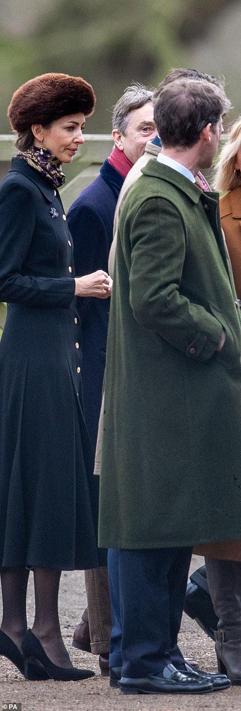 Lần đầu tiên Công nương Kate xuất hiện công khai cùng tình địch sau vụ lùm xùm ngoại tình của chồng, đáng chú ý là vẻ mặt của kẻ thứ 3 - Ảnh 5.