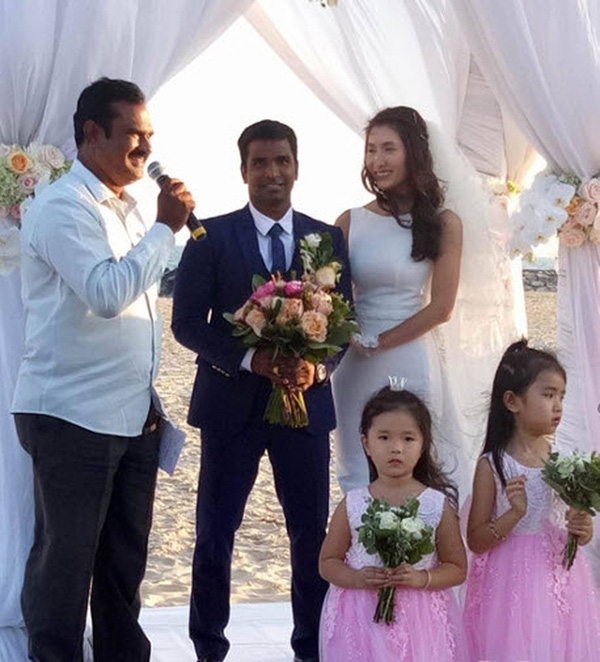 Người đẹp Việt tuổi Tý lấy chồng Ấn Độ có cuộc sống giàu sang hạnh phúc như thế nào? - Ảnh 2.