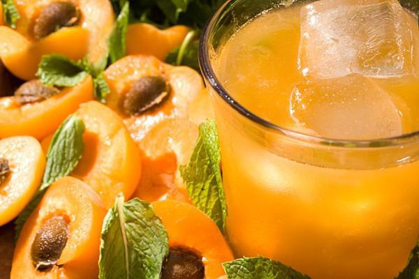 Những đồ uống tuyệt vời giải cứu bạn khỏi cơn say rượu - Ảnh 3.