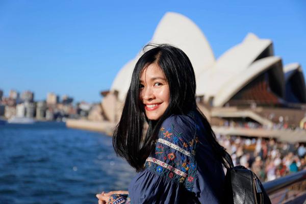 Nhan sắc mặn mà tuổi 48 của MC Đặng Châu Anh, bà xã đạo diễn Đỗ Thanh Hải - Ảnh 3.