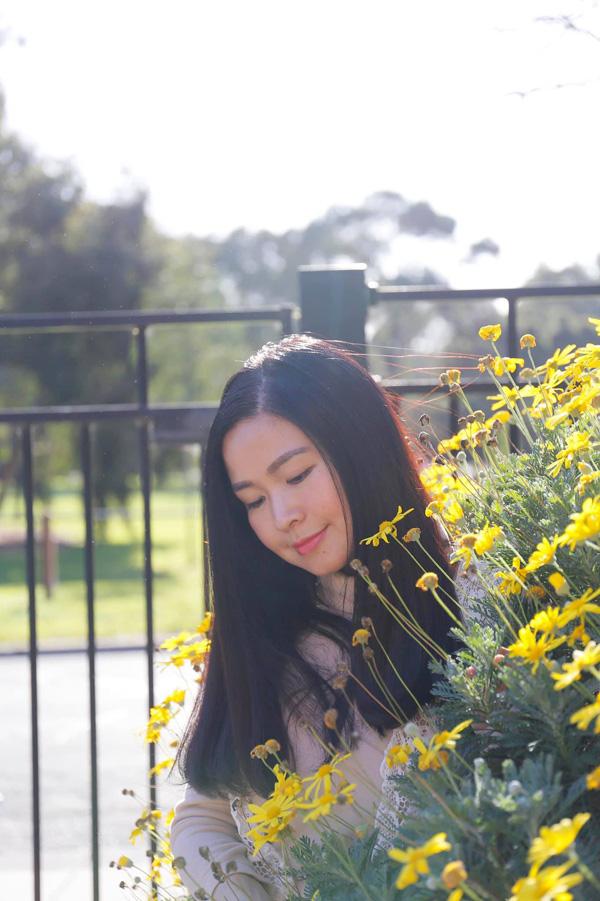 Nhan sắc mặn mà tuổi 48 của MC Đặng Châu Anh, bà xã đạo diễn Đỗ Thanh Hải - Ảnh 8.