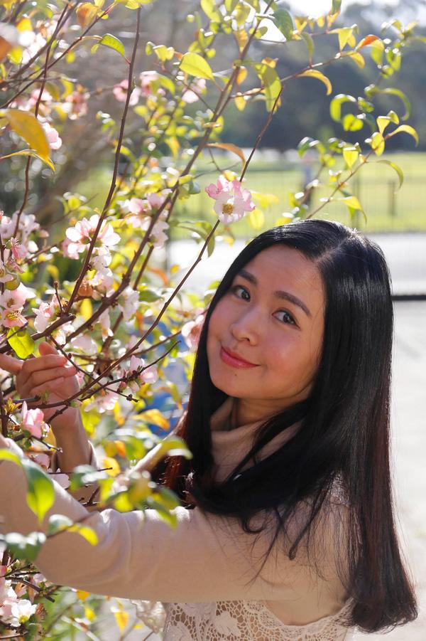 Nhan sắc mặn mà tuổi 48 của MC Đặng Châu Anh, bà xã đạo diễn Đỗ Thanh Hải - Ảnh 9.