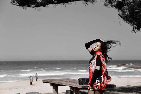 Nhan sắc mặn mà tuổi 48 của MC Đặng Châu Anh, bà xã đạo diễn Đỗ Thanh Hải - Ảnh 10.