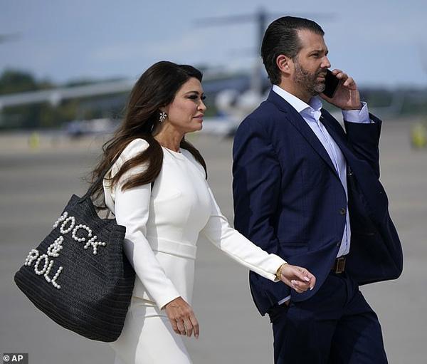 Bức ảnh của Đệ nhất Phu nhân Tổng thống Mỹ cùng con riêng của chồng bất ngờ gây tò mò trong dư luận - Ảnh 8.