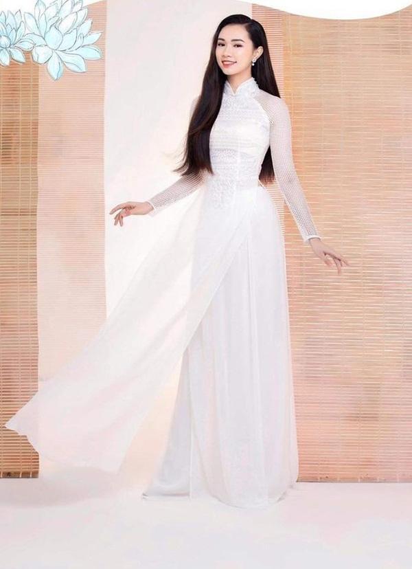 """Nhan sắc người đẹp Hạ Long bất ngờ rút khỏi """"Hoa hậu Việt Nam 2020"""" vào phút chót  - Ảnh 7."""