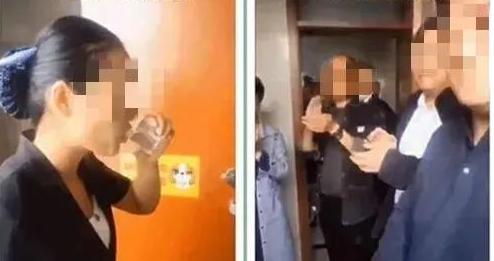 Nữ nhân viên vệ sinh múc nước bồn cầu uống để chứng minh năng lực được sếp vỗ tay tán dương, hành động này khiến cư dân mạng tranh cãi gay gắt - Ảnh 3.