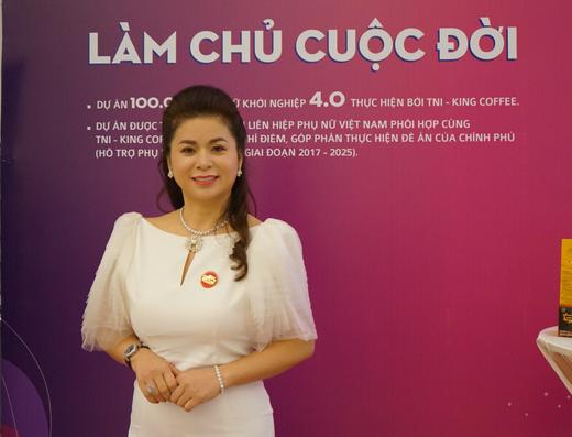 """Tưng bừng và ấm áp Gala gặp gỡ Group Đàn bà 30+ mang tên """"Hẹn với Thanh Xuân-2020 - Ảnh 6."""