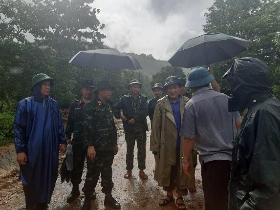 Vụ sạt lở đất vùi lấp nhiều cán bộ, chiến sỹ tại Quảng Trị: Tìm thấy 12 người mất tích  - Ảnh 4.