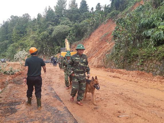 Vụ sạt lở đất vùi lấp nhiều cán bộ, chiến sỹ tại Quảng Trị: Tìm thấy 12 người mất tích  - Ảnh 2.