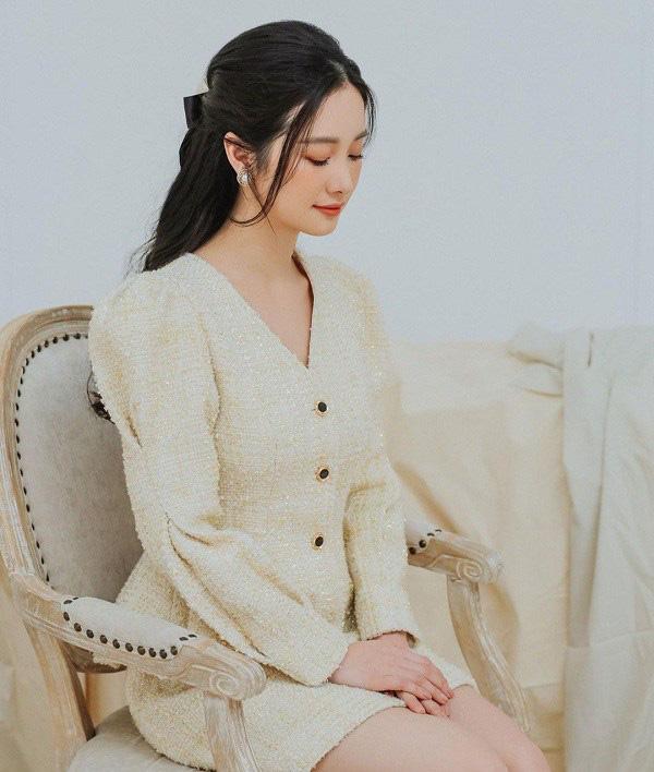"""Học sao Việt cách """"lên đồ"""" nguyên cây vải tweed chuẩn đẹp - Ảnh 1."""