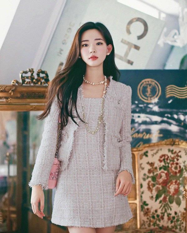 """Học sao Việt cách """"lên đồ"""" nguyên cây vải tweed chuẩn đẹp - Ảnh 12."""