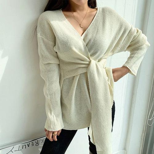 Những kiểu áo len đa phong cách khiến chị em văn phòng trẻ ra hẳn cả chục tuổi - Ảnh 12.