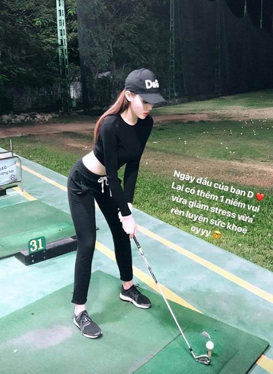 Thời trang sân golf của người đẹp Việt - Ảnh 5.