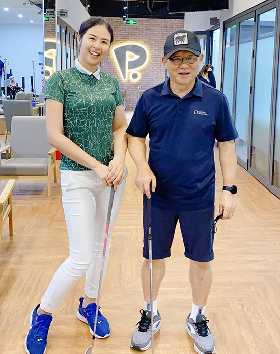 Thời trang sân golf của người đẹp Việt - Ảnh 7.