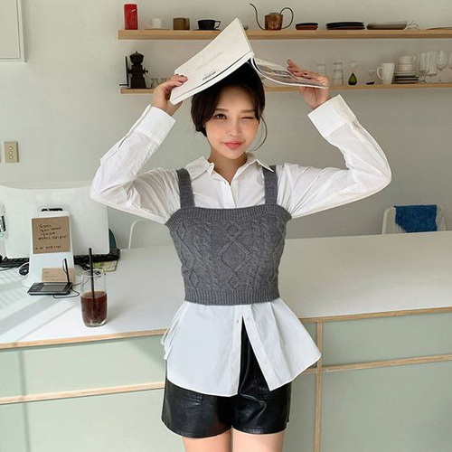Những kiểu áo len đa phong cách khiến chị em văn phòng trẻ ra hẳn cả chục tuổi - Ảnh 7.