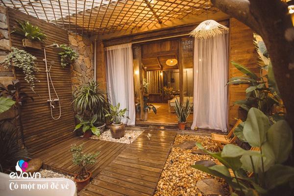 Muốn có khu tắm tiên, 8X vác tre, nứa về giữa thủ đô cải tạo sân vườn 55m2 đẹp mê - Ảnh 3.
