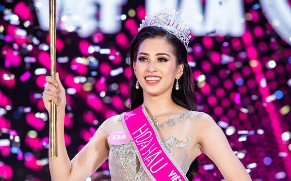 Tiểu Vy: Gái đẹp Hội An lột xác thế nào sau 2 năm giành vương miện Hoa hậu Việt Nam? - Ảnh 2.