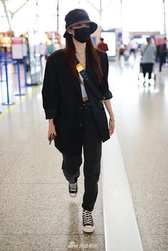 3 kiểu blazer được sao châu Á cưng nhất vì mặc thế nào cũng đẹp và sang - Ảnh 6.