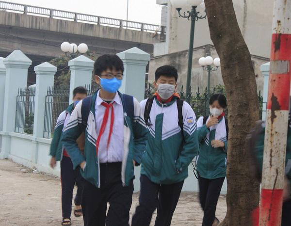 Hà Nội: Họp trực tuyến với phụ huynh, học sinh trước khi đi học trở lại - Ảnh 2.