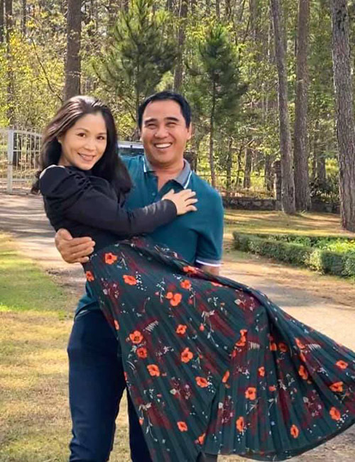 Con gái Quyền Linh chăm sóc bố - Ảnh 7.