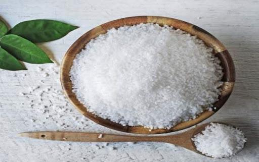 Nếu chỉ dùng muối để nêm nếm món ăn thì thật đáng tiếc, nó có nhiều công dụng rất tuyệt trong cuộc sống - Ảnh 4.