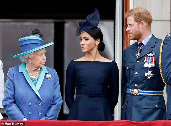 Sau thời gian im ắng, cuối cùng Nữ hoàng Anh đã có hành động liên quan đến con trai của vợ chồng Harry - Meghan - Ảnh 2.