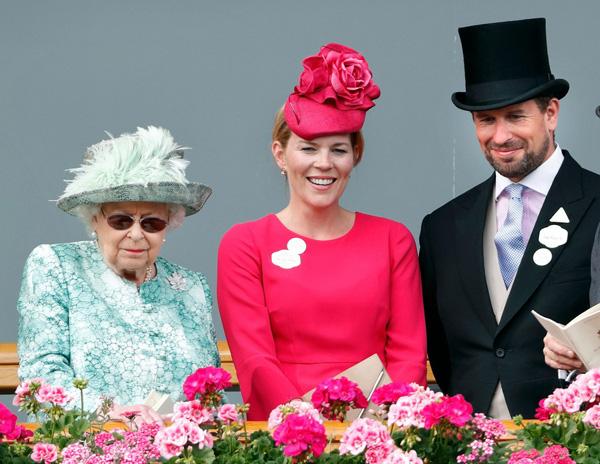 Cháu trai lớn nhất của Nữ hoàng Anh đột ngột bị vợ ly hôn và điều này có liên quan đến vợ chồng Harry - Meghan Markle? - Ảnh 2.