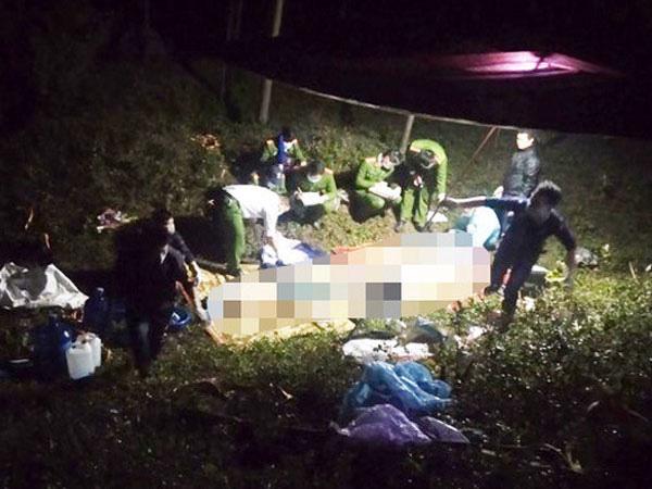 Hà Nội: Tai nạn kinh hoàng, 3 người trong gia đình tử vong thương tâm khi đi lễ - Ảnh 1.